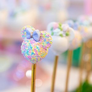 Pastel-Minnie-Mouse-Daisy-Duck-Party-via-Karas-Party-Ideas-KarasPartyIdeas.com25