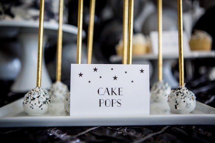 22Shoot-for-the-Moon22-Birthday-Party-via-Karas-Party-Ideas-KarasPartyIdeas.com11
