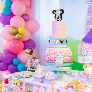 Pastel-Minnie-Mouse-Daisy-Duck-Party-via-Karas-Party-Ideas-KarasPartyIdeas.com37